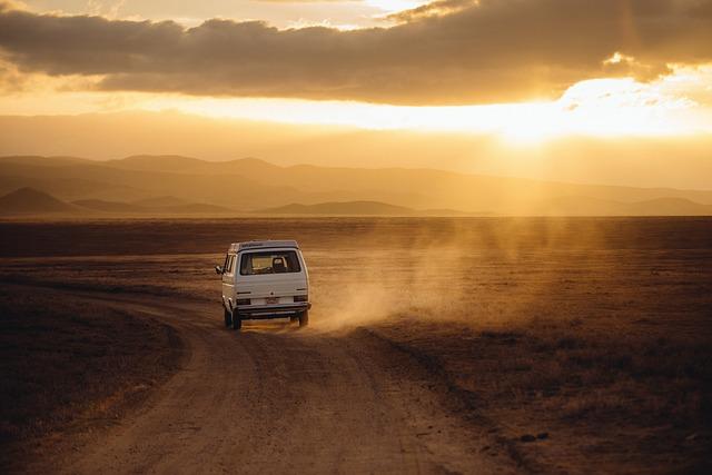 Odjazdy międzynarodowe czy musimy jeździć prywatnym samochodem?